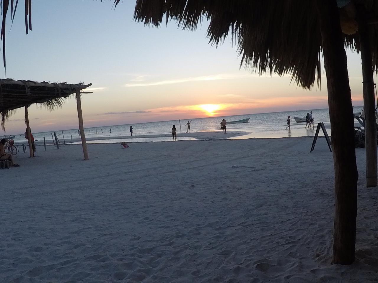 Visita la paradisiaca isla de HOLBOX Foto 4